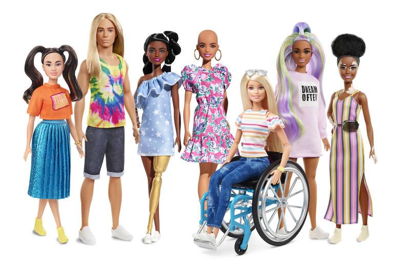 różnorodne lalki Barbie